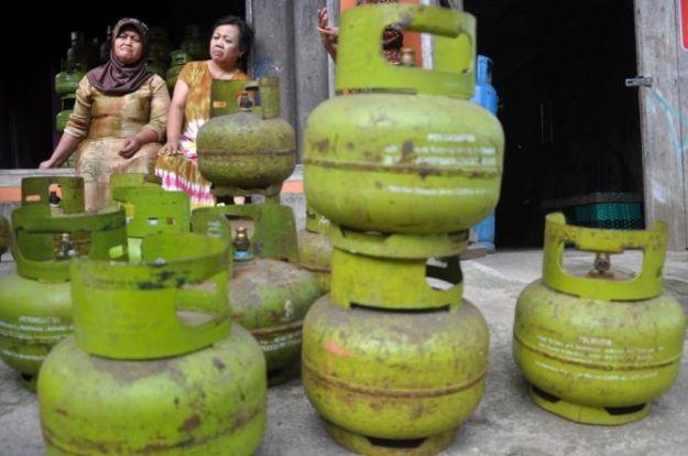 kelangkaan-gas-3-kg