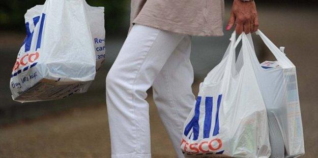 program-kantong-plastik-berbayar-dituding-malah-untungkan-pengusaha