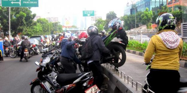 Pengendara motor